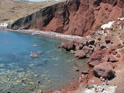 Hiking into the Red beach