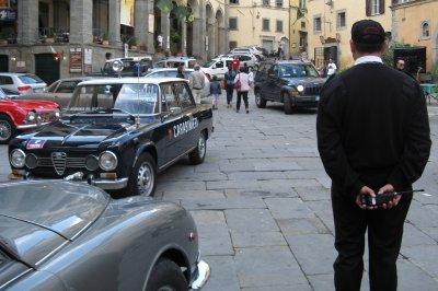 Classic cars - Carabinieri in Piazza Signorelli