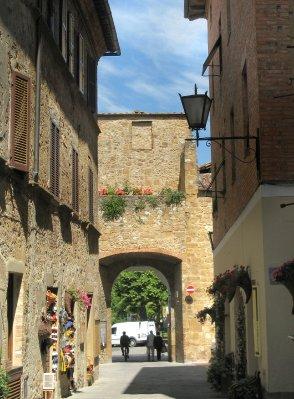 Main street, Old town Pienza