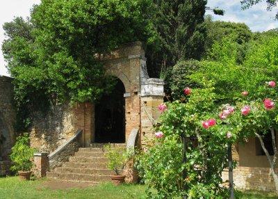 Santa Maria rose garden, San Quirico