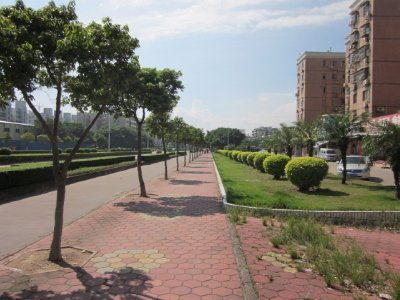 The area we lived in was quite empty compared to the rest of Zhuhai.