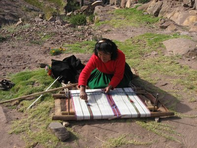 TIT - Juana weaving