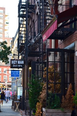 2013_NYC_VillageScene_10.jpg