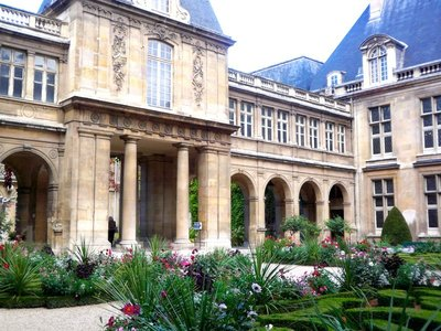 2014_Paris_Arch_05.jpg