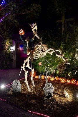 2016_KW_Halloween__-_2.jpg