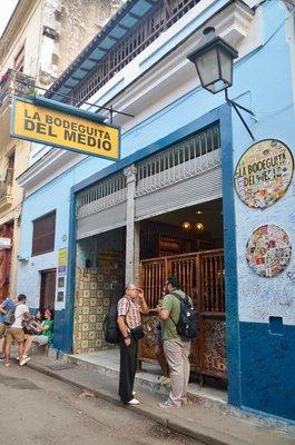 2017_Cuba_Bodeguita_-_1.jpg