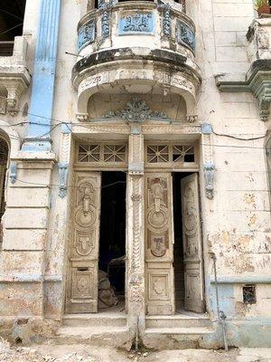 2017_Cuba_DensilBldg_-_2.jpg