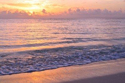 Abaco_SunrisePink_1.jpg