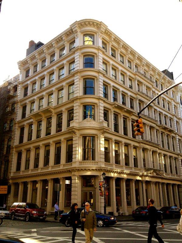 large_2013_NYC_EastVillage_31.jpg