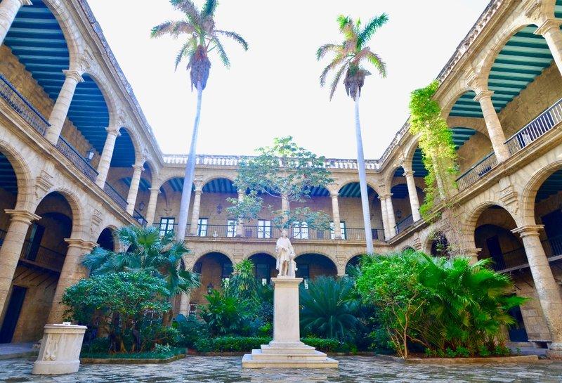large_2017_Cuba_beautyover_-_2.jpg