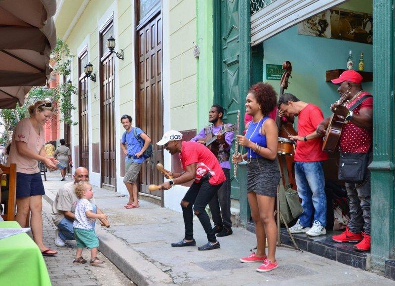 large_2017_Havana_LaLuz__-_11.jpg