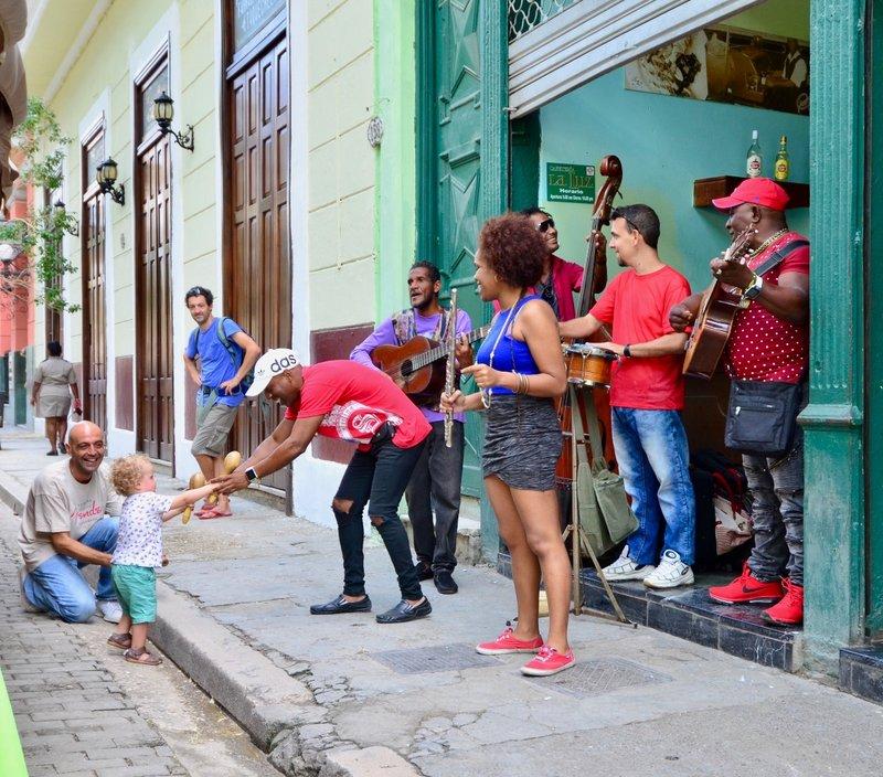 large_2017_Havana_LaLuz__-_12.jpg