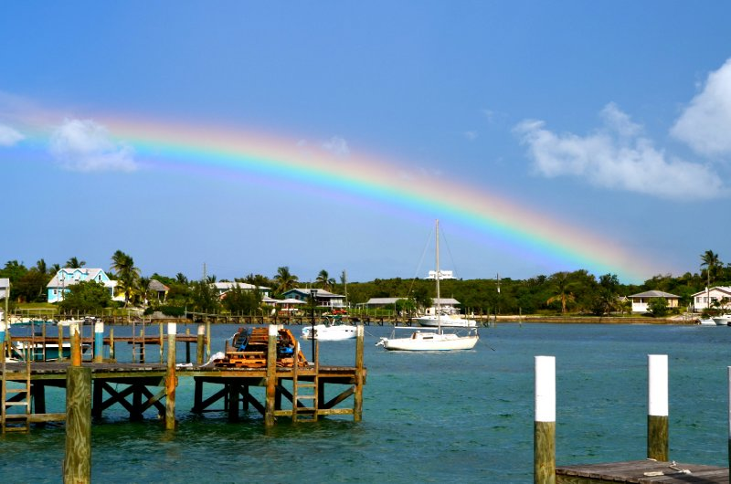 large_Abaco_WineonBoat_6.jpg