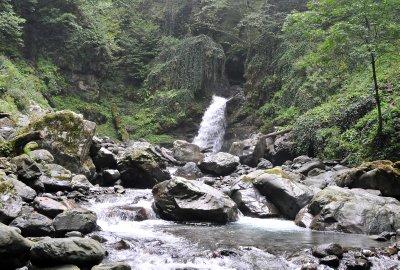 lagodekhi_waterfall_2.jpg