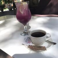 Coffee and violet lemonade