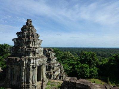 Phnom_Bakheng.jpg