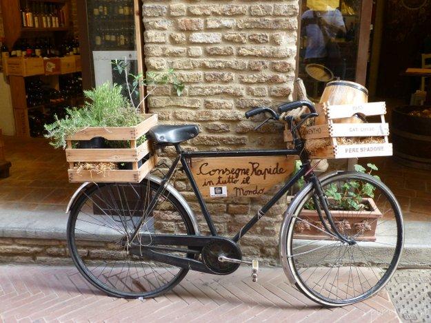 Transporte en San Gimignano, Toscana, Italia