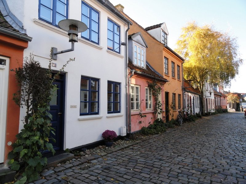 These small houses in Møllestien date from the 17th, 18th and 19thC.