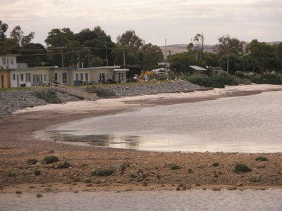 Tumby Bay older fishing homes on the beach