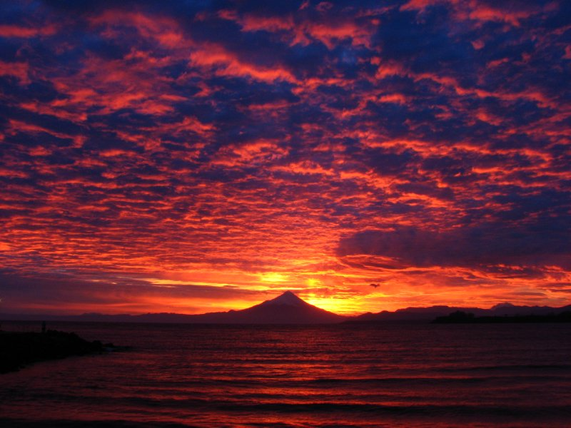 Volcan Osorno at dawn