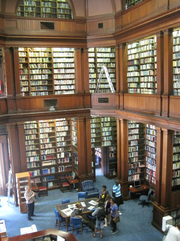 Such a Goregous Library