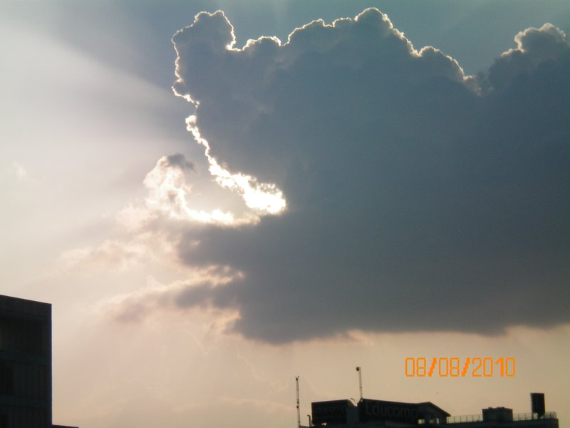 cloud gulping sunlight....