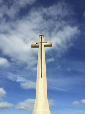 Commonwealth Cross