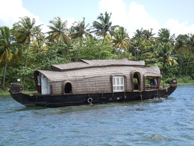 Typical_houseboat.jpg