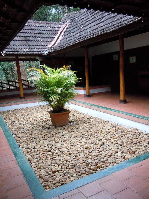 large_Keralite_courtyard.jpg