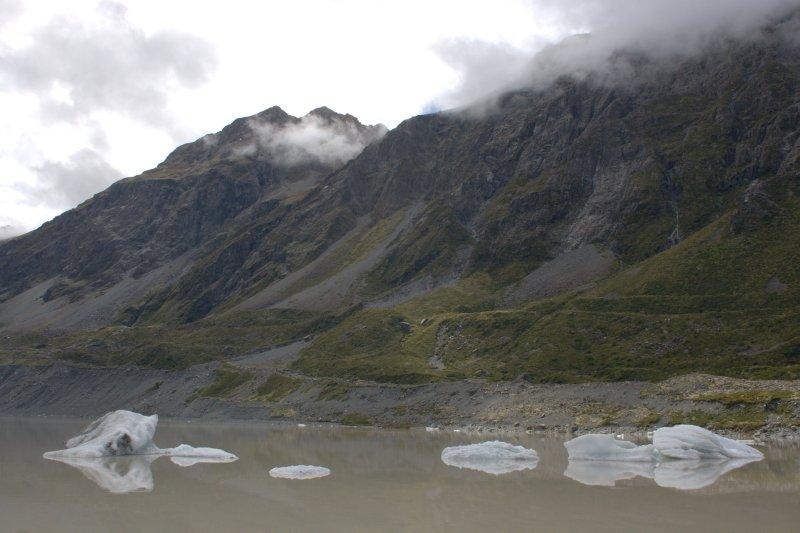 Hooker Lake and Mt. Cook Range