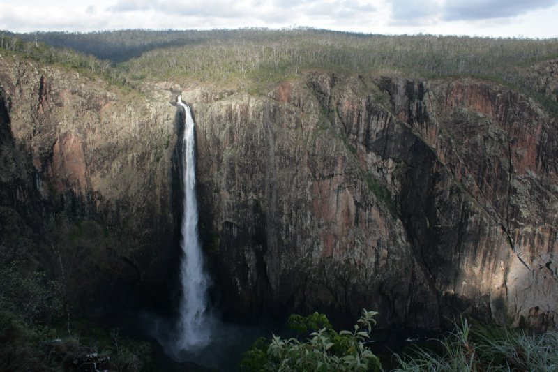 Wallaman Falls in Girringun NP