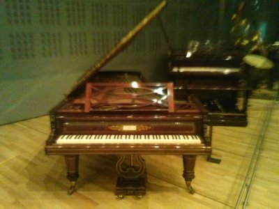 Highlights from Cite de Musique museum - beloved piano