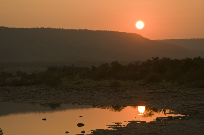 Sunset over Ken River
