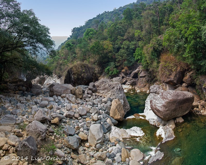 Wonderful streams and valleys, must be spectacular during the Monsoon!