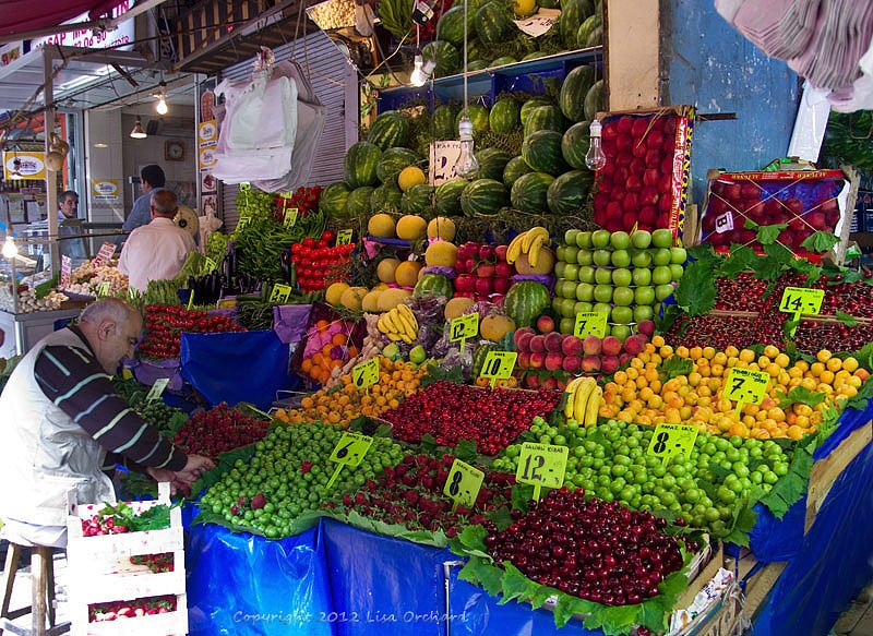 Colourful and seasonal fruits & veggies