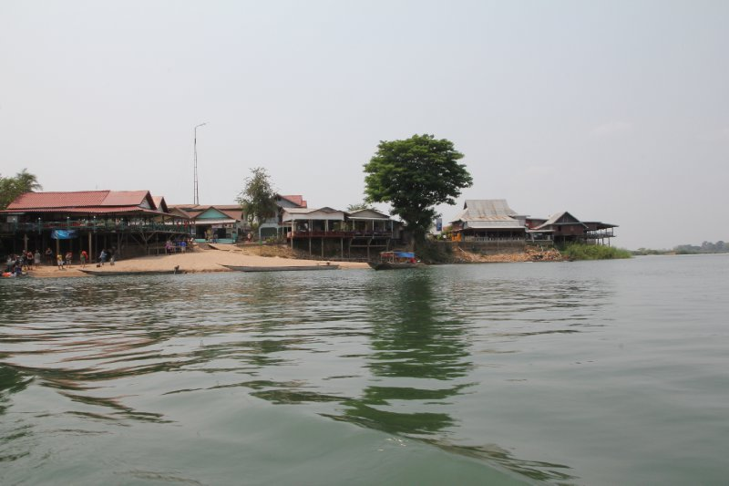 Si Phan Don (Four thousand islands)