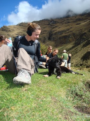 Kate found a dog to love on the Inca Trail!