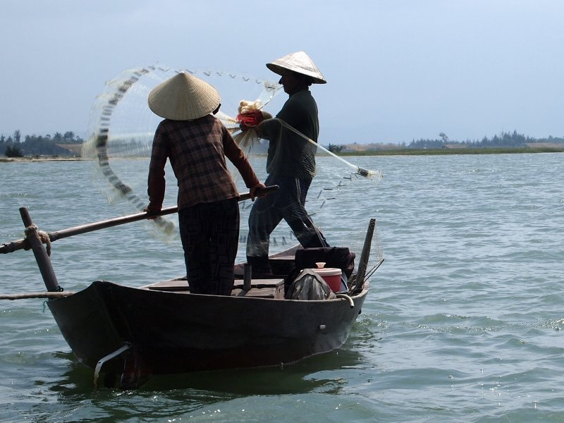 Fishing in Hoi An 3