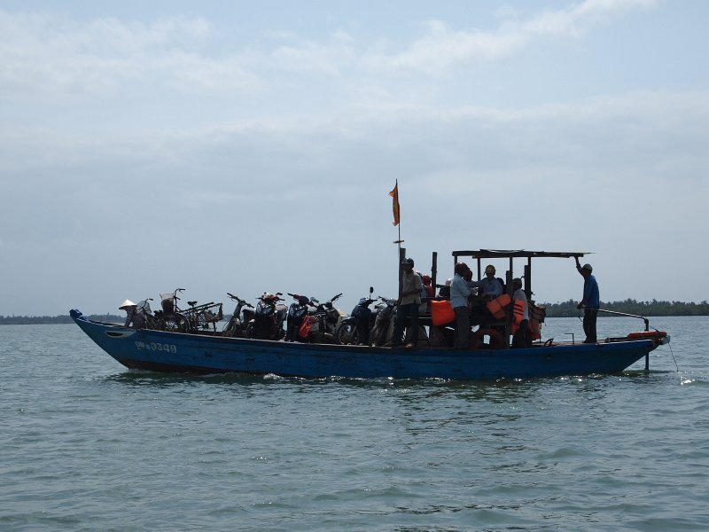 River taxi Hoi An