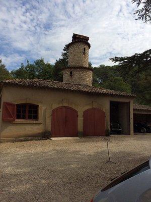 Chateau Simone