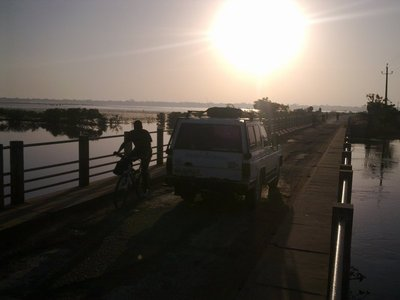 Entering the immensely scenic Casamance / Senegal in the early morning