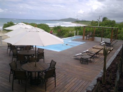 "The only luxury hotel on the islands: the ""Iguana Crossing"" on Isabela"