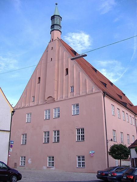 large_450px-Hohe.._Ingolstadt.jpg