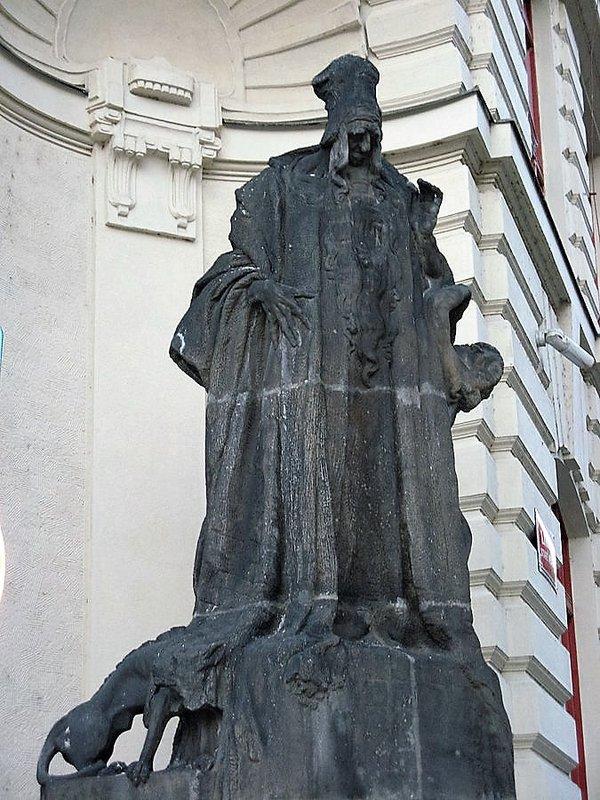 large_Prag_4.jpg