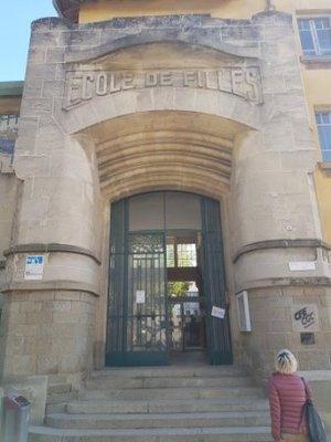 Carcassonne -Art Deco School