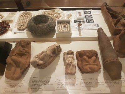 Bloomsbury - erotic objects in the Petrie Museum