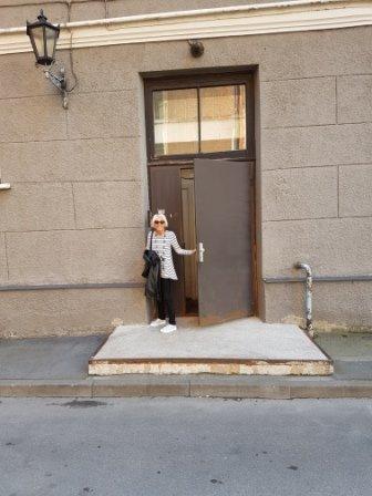 Riga - Jeni outside studio in Grecinieka ilea
