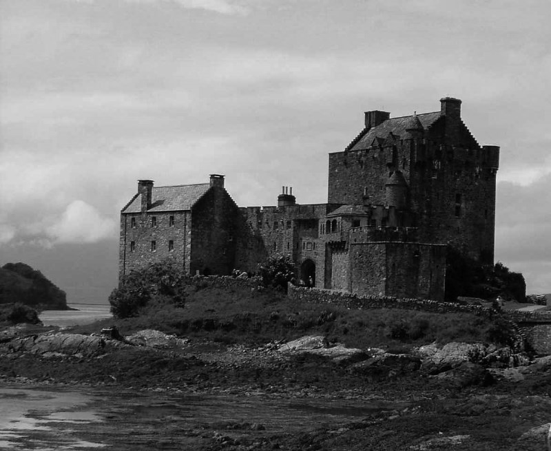 large_Scottish_Highland_Castle.jpg