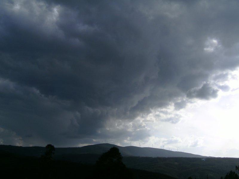 QdV storm clouds