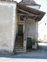Salles_abandoned_home.jpg